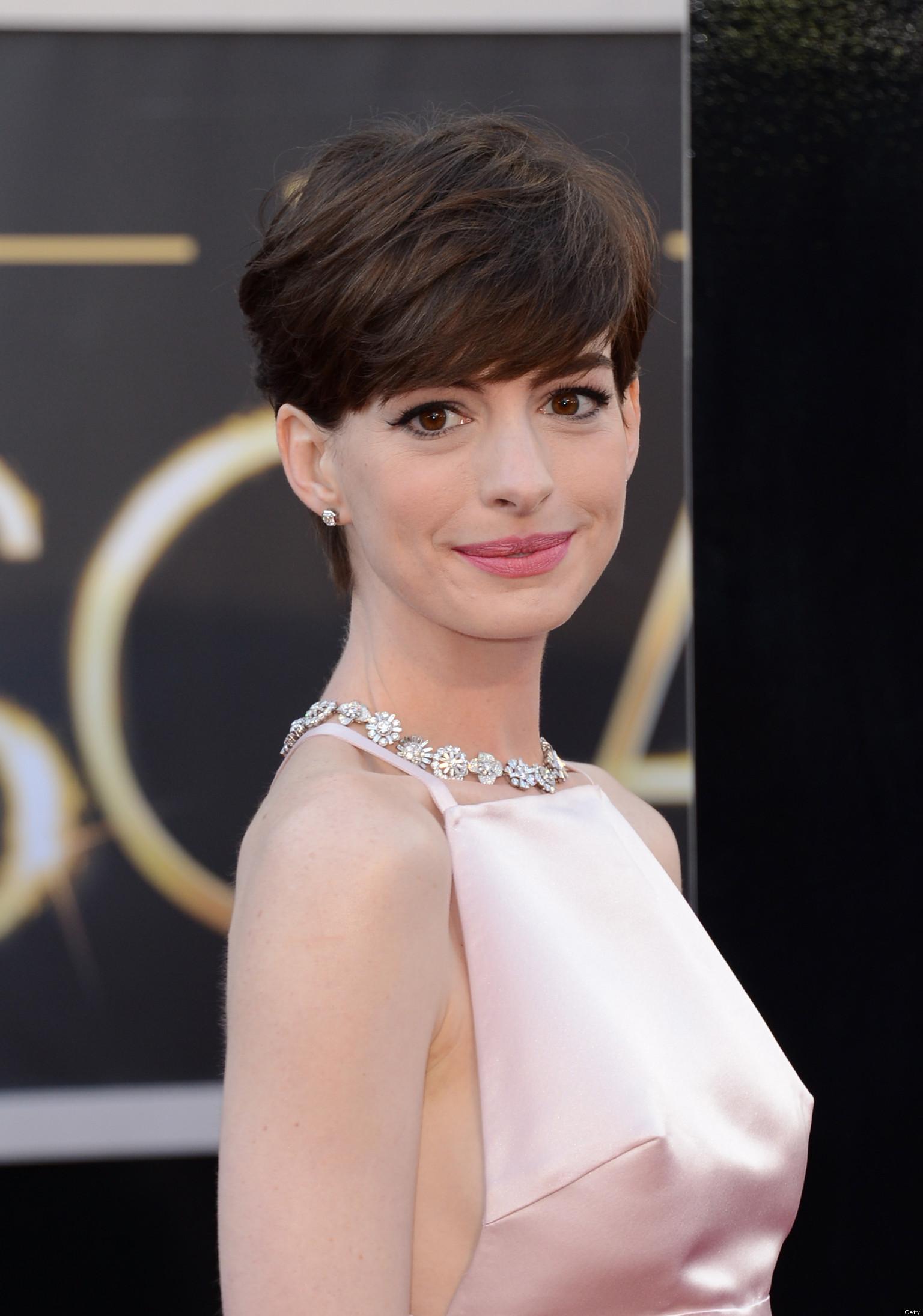Celebrity Look-Alikes: Anne Hathaway Looks Like This Goya