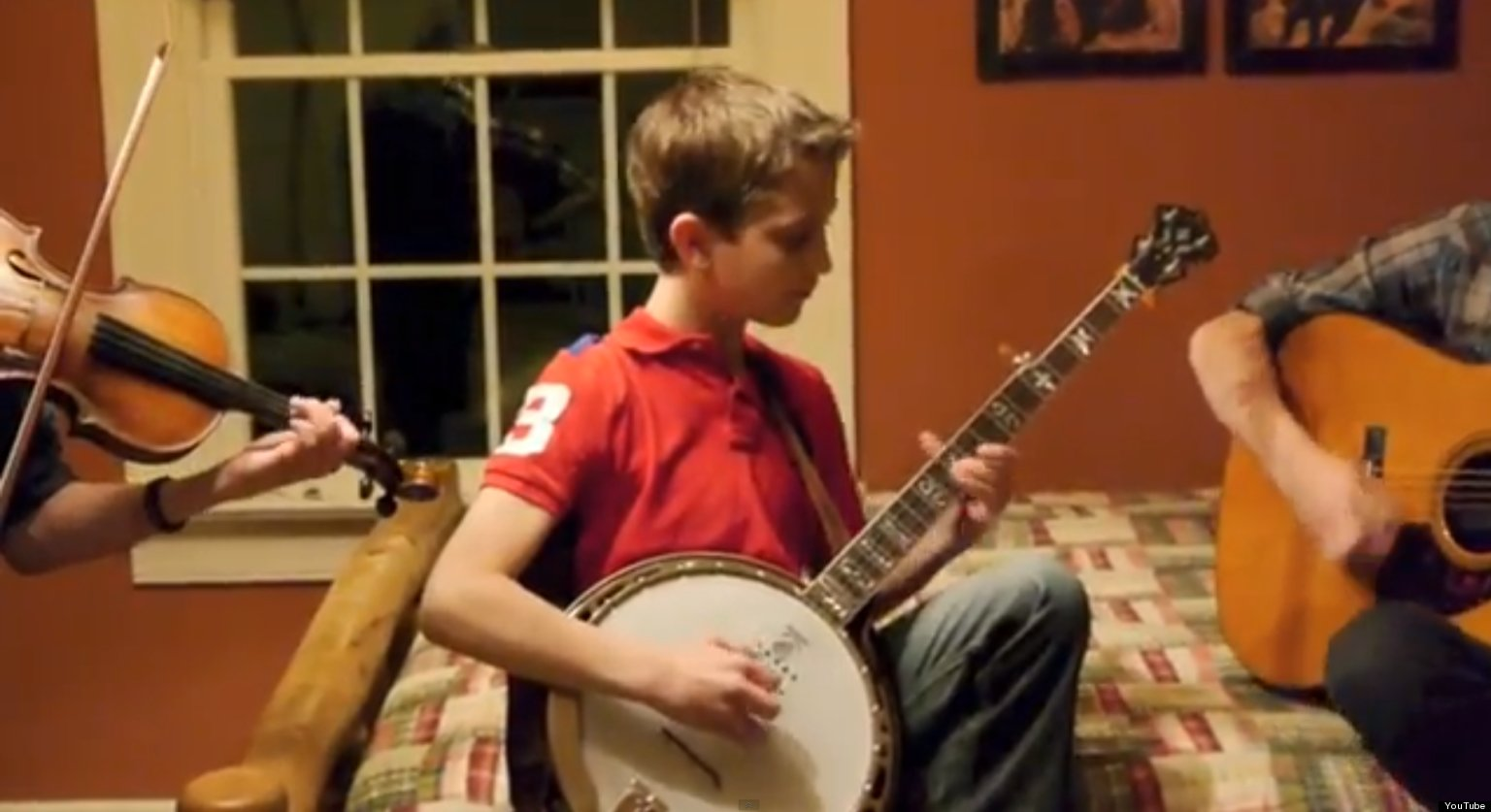this 11 year old banjo player is our new favourite musician video huffpost uk. Black Bedroom Furniture Sets. Home Design Ideas