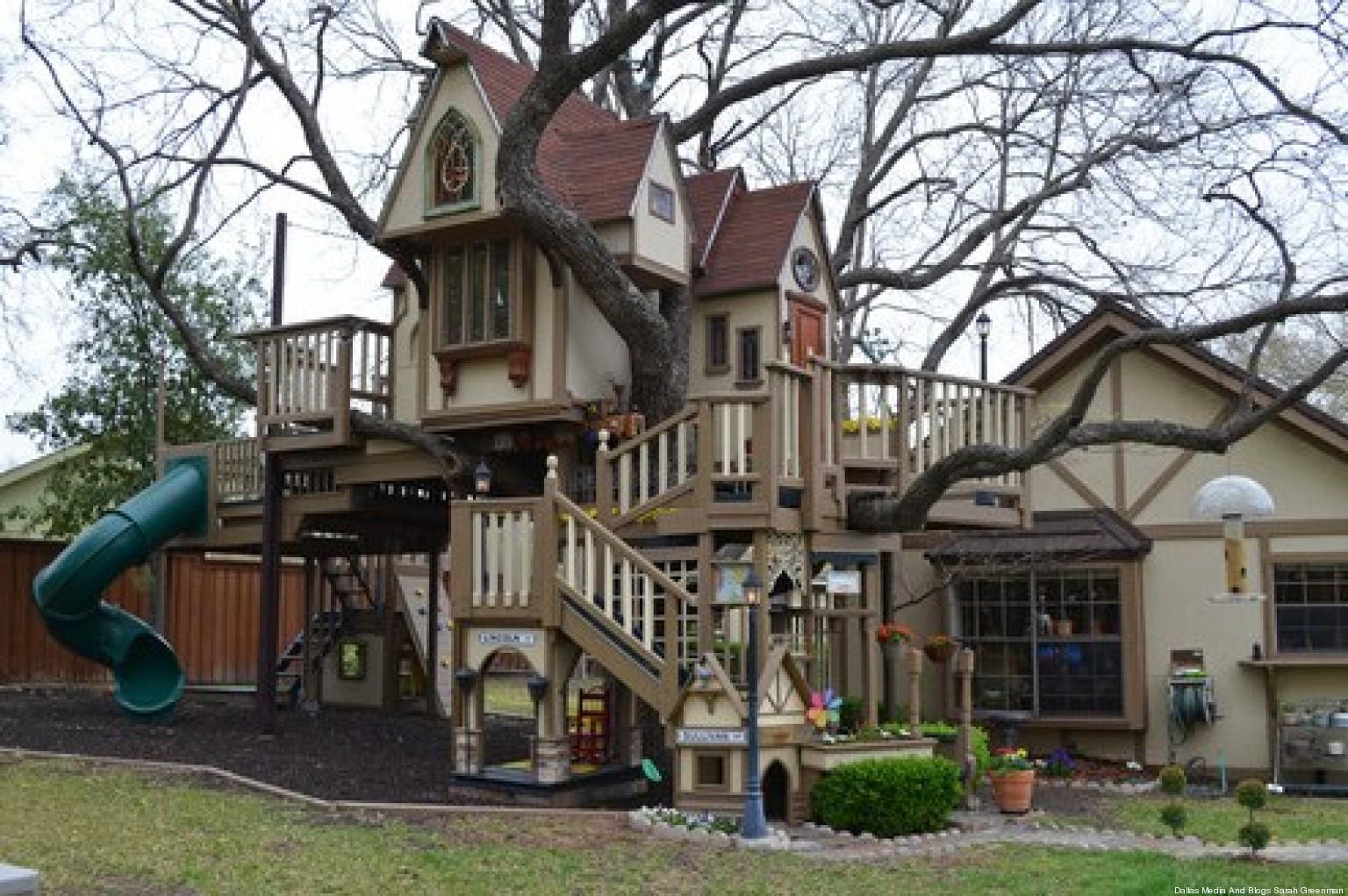 Photos une maison d 39 enfants incroyable construite par des for Plan cabane d enfant