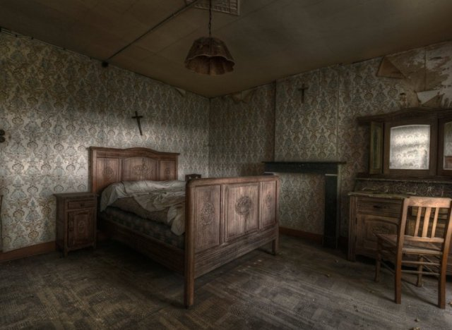 Inside Abandoned House Bedroom Stunning Pics Of An Abandoned Farmhouse