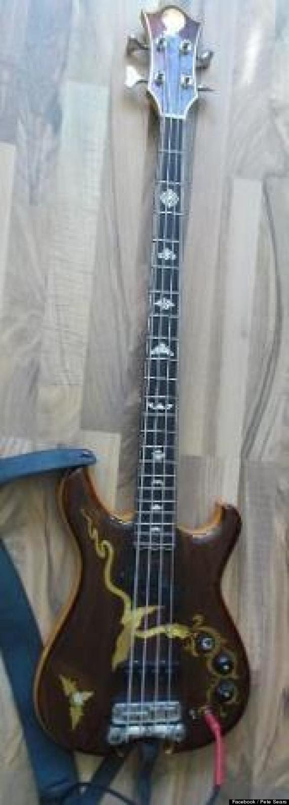 pete sears bass guitar