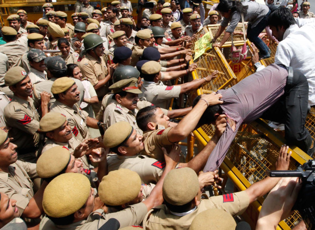 india rape protesters