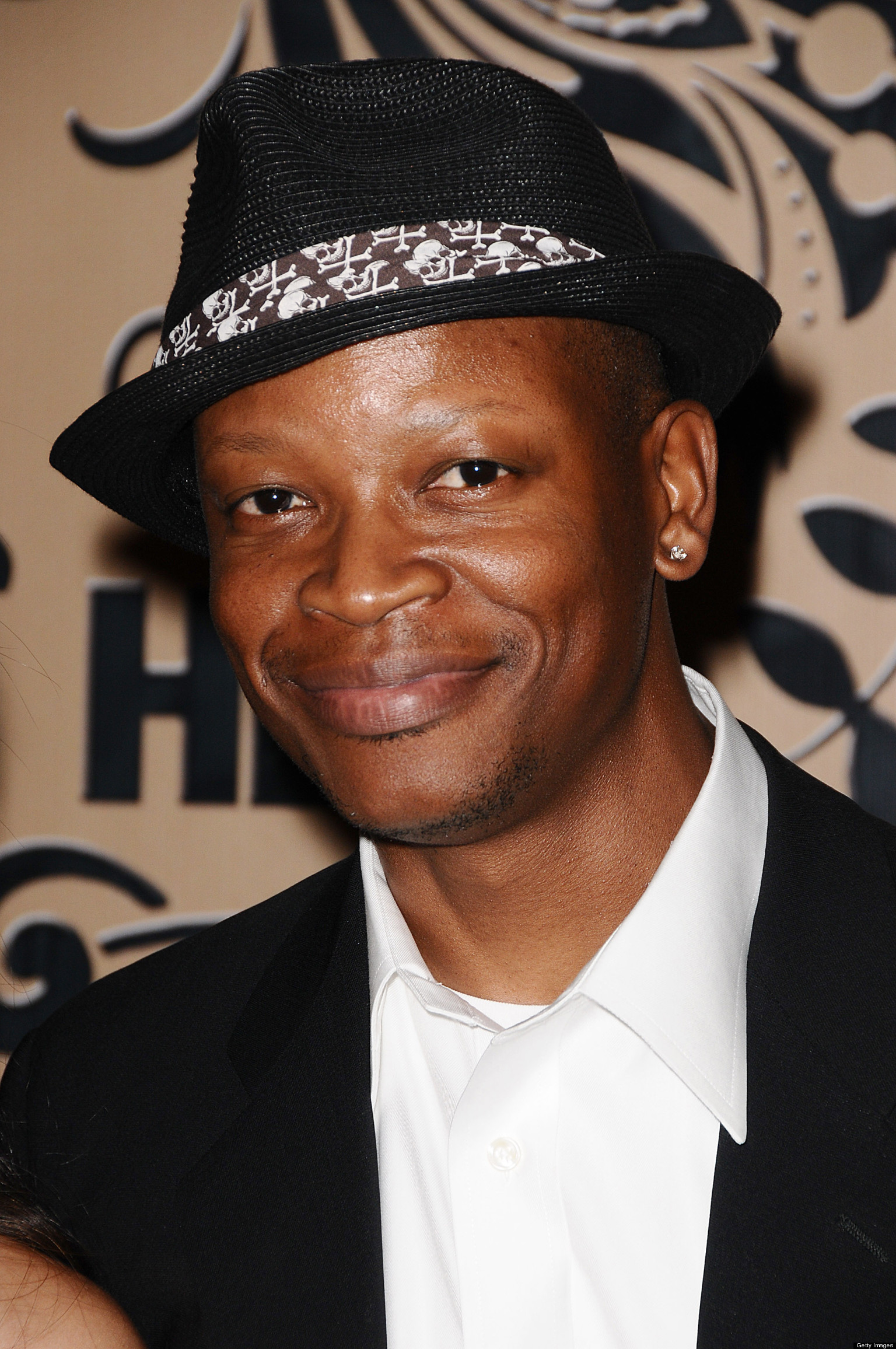 Lawrence Gilliard Jr. earned a  million dollar salary - leaving the net worth at 2 million in 2018