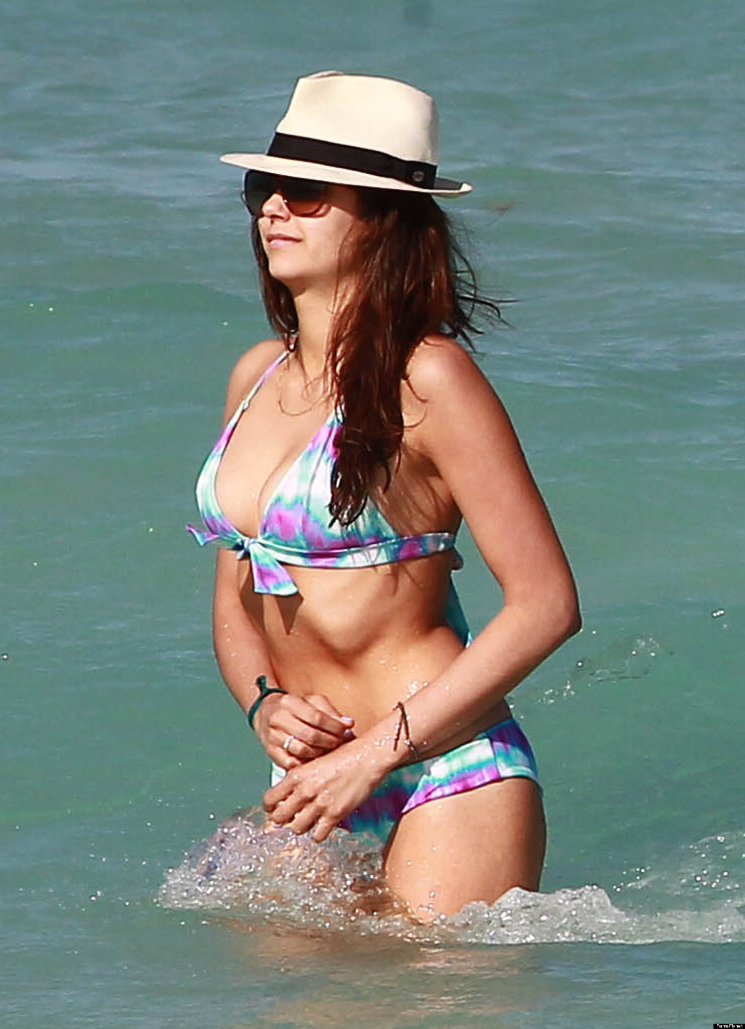Nina Dobrev's Bikini Body Hits Miami: Actress Strips To A ...