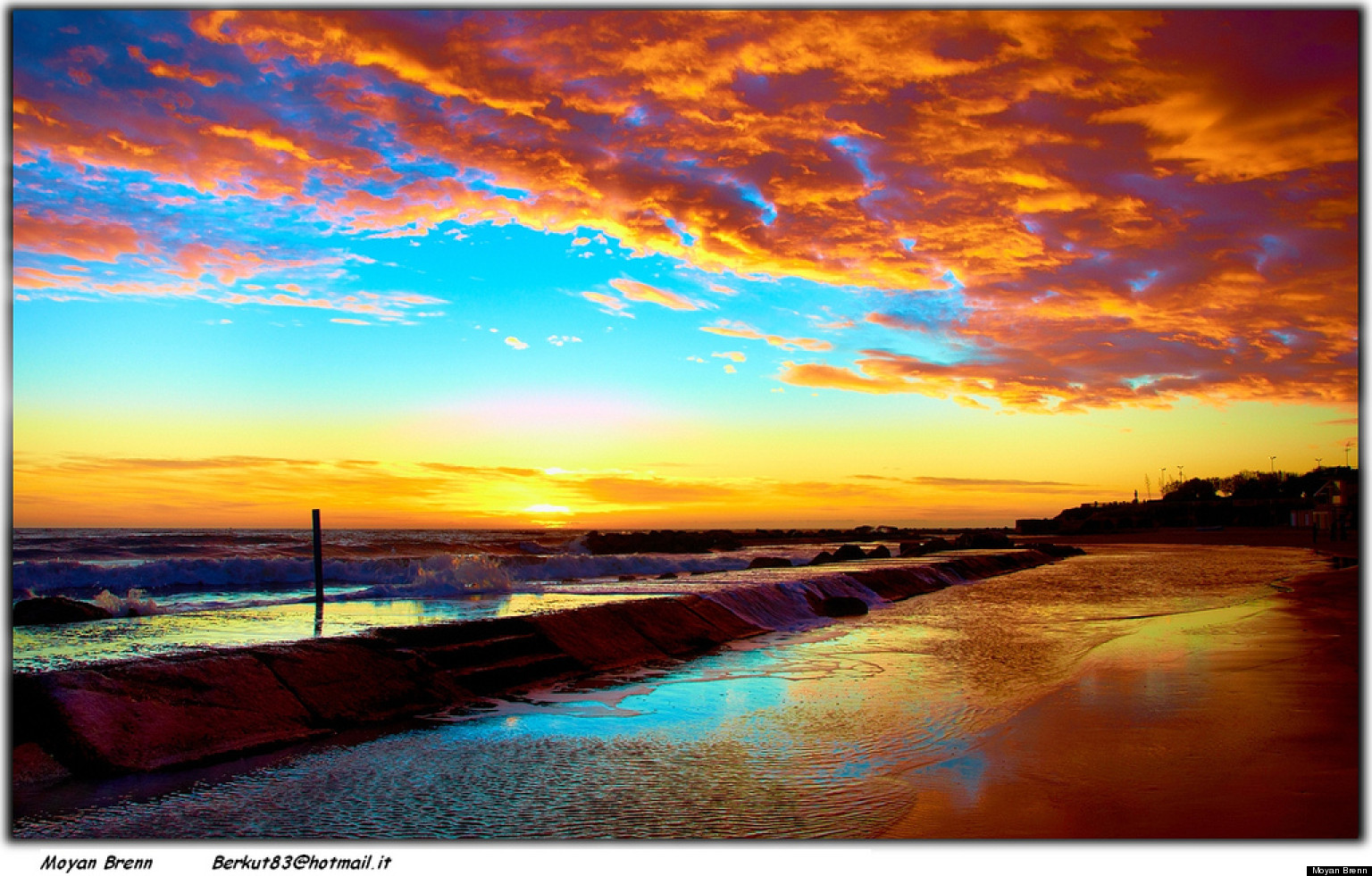 the beauty of sunset Seminyak beach and petitenget bali beach located on the same coastline with kuta these two white sand bali beaches also a favorite beach resorts in bali.