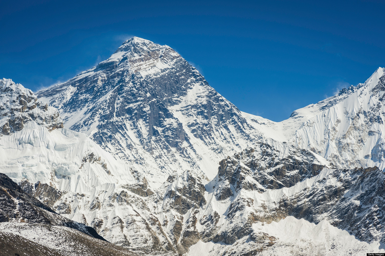 Fighting Climbers On Mt. Everest Reach Truce