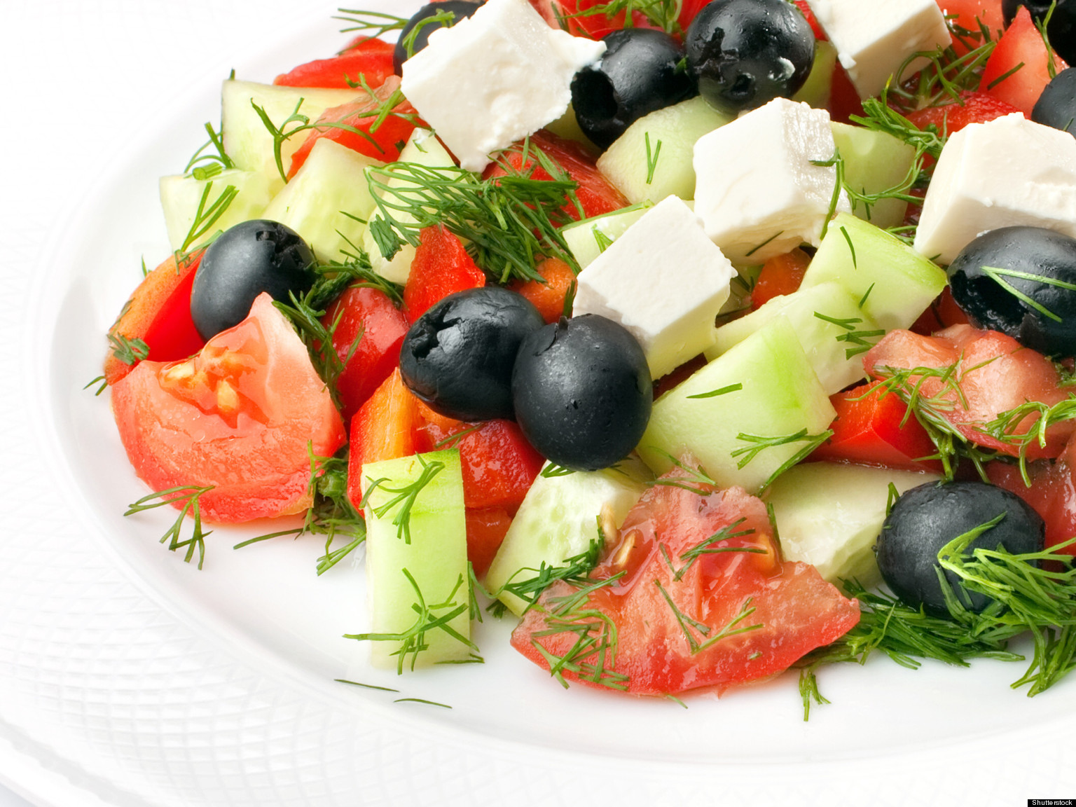 Mediterranean Diet Lowers Cholesterol Levels Even When No