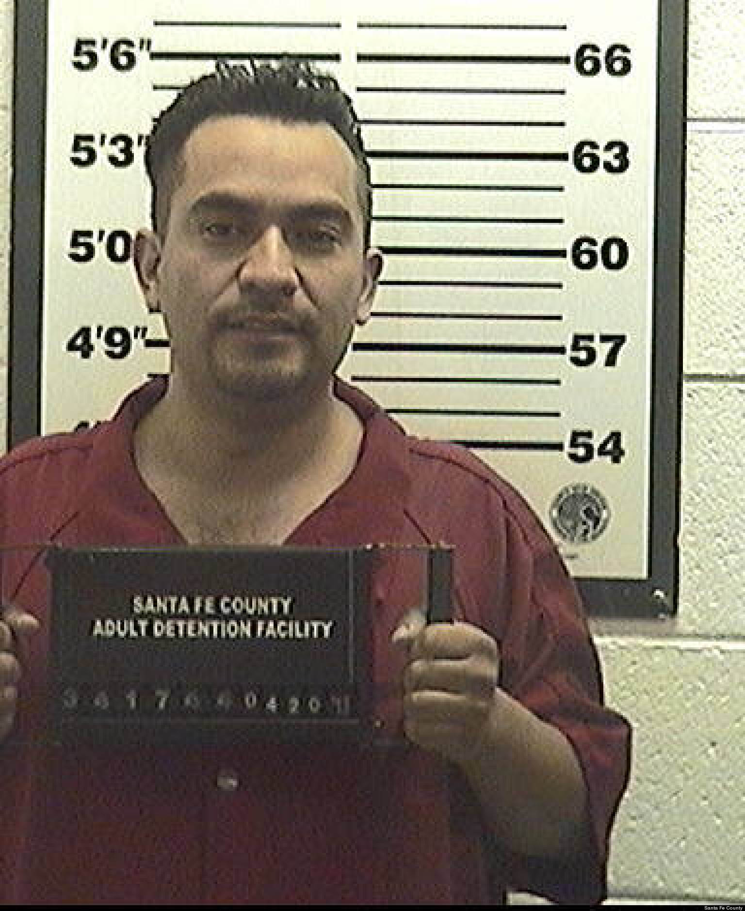 Cops Search For Victims Of 'El Dentista,' Alleged Phony Dentist