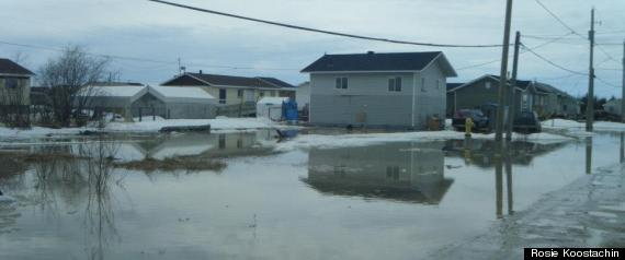 ATTAWAPISKAT KASHECHEWAN EMERGENCY