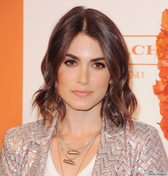 Lob haircuts are the perfect spring look for every face shape lob haircut winobraniefo Choice Image