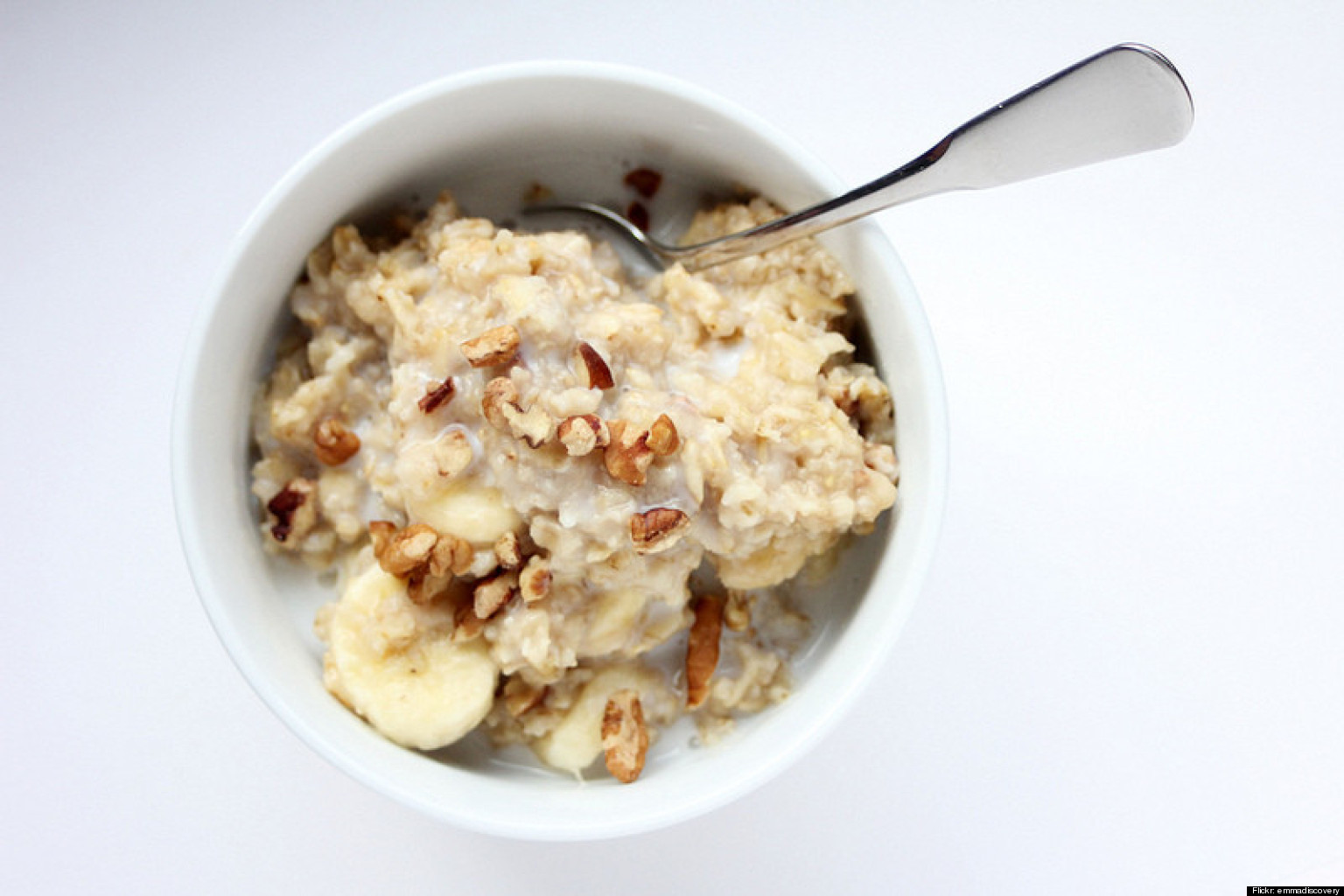 How To Cook Oatmeal On Your Stovetop (Rolled And Steel-Cut) | HuffPost
