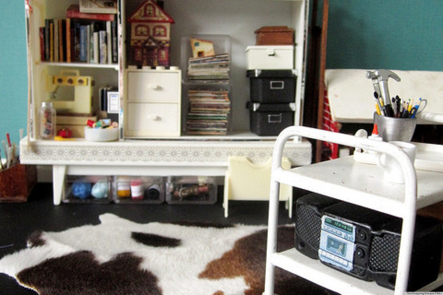 Modern Dollhouse Room Will Totally Trick Your Eye Photo