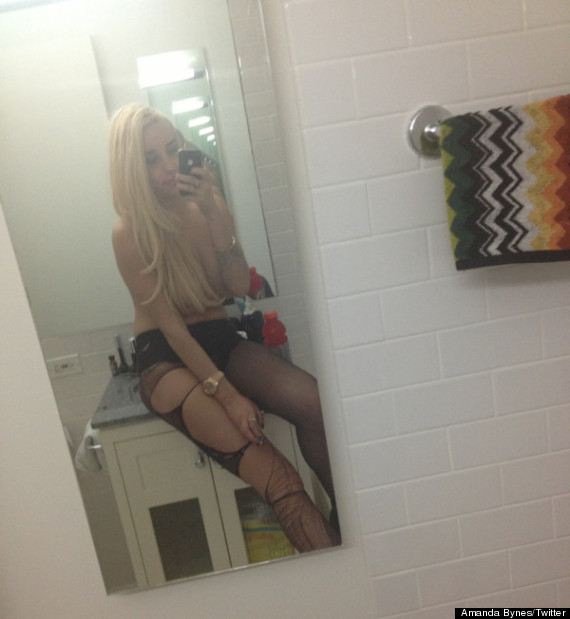 Amanda Bynes Topless n 3201434 on oscar peterson laura