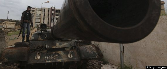 SYRIAN TROOPS ADVANCE HOMS