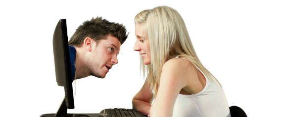 Rencontrez des célibataires en vous inscrivant gratuitement sur le site de rencontres TiiLT.fr: recherche, chat, profils, photos.2Seniors.fr, le site.