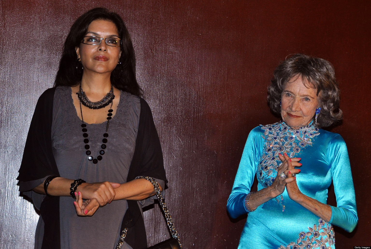 Old yoga teacher and her young student pamela sweet - 5 8