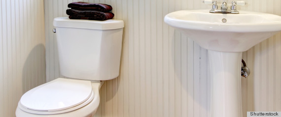 cleaning the toilet with coca cola gatorade and other weird products is the way to go photos. Black Bedroom Furniture Sets. Home Design Ideas