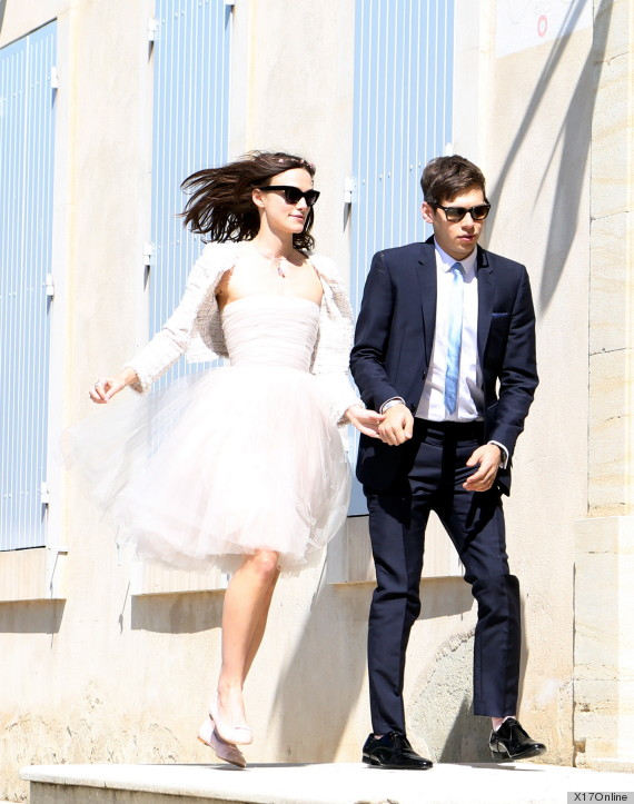 keira knightleys chanel wedding dress gets yet another go