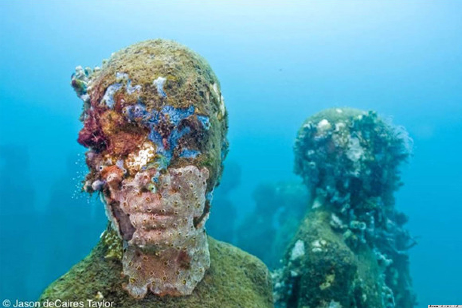 jason decaires taylor 39 s underwater art installation takes. Black Bedroom Furniture Sets. Home Design Ideas