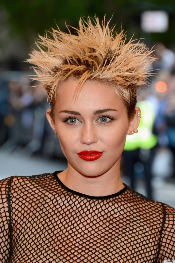 Miley Cyrus Met Gala 2013 Red Carpet: What's Up With The Hair? (PHOTOS