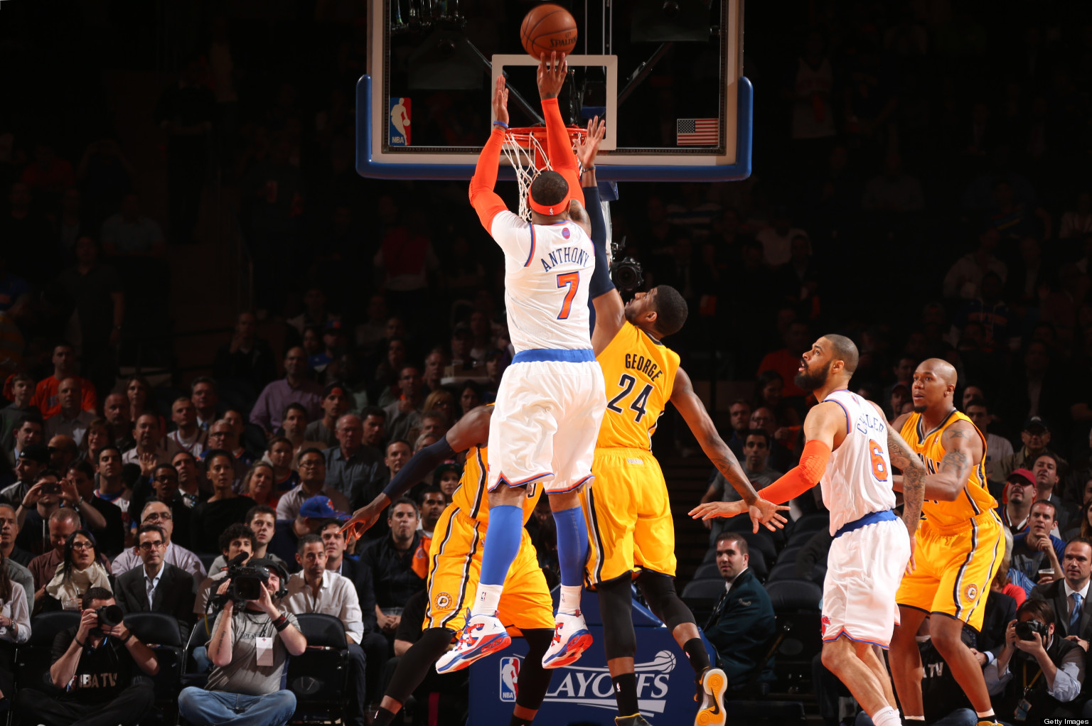 Knicks Explode For Blowout Win