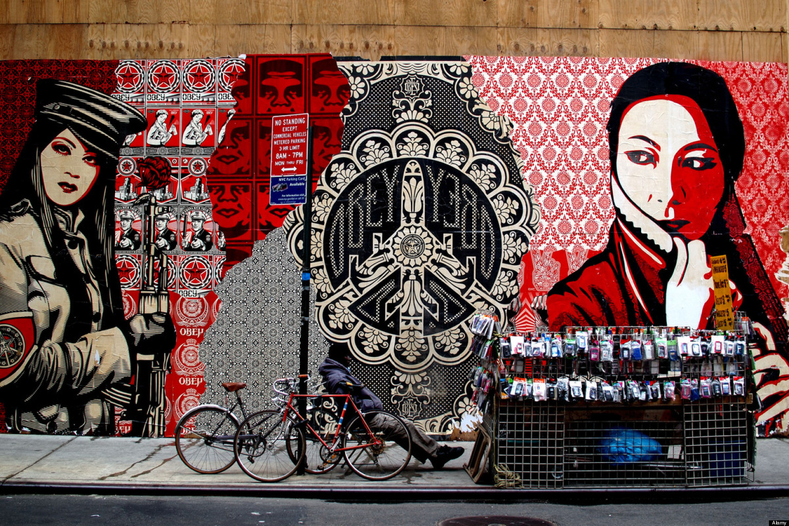 street art across the globe the best cities in the world for graffiti and urban art huffpost. Black Bedroom Furniture Sets. Home Design Ideas