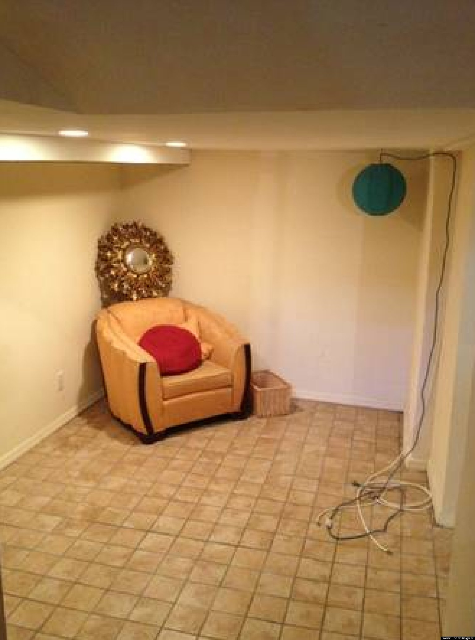 Worst Room Blog By Ryan Nethery Documents Absurd Nyc Apartments On Craigslist Photos