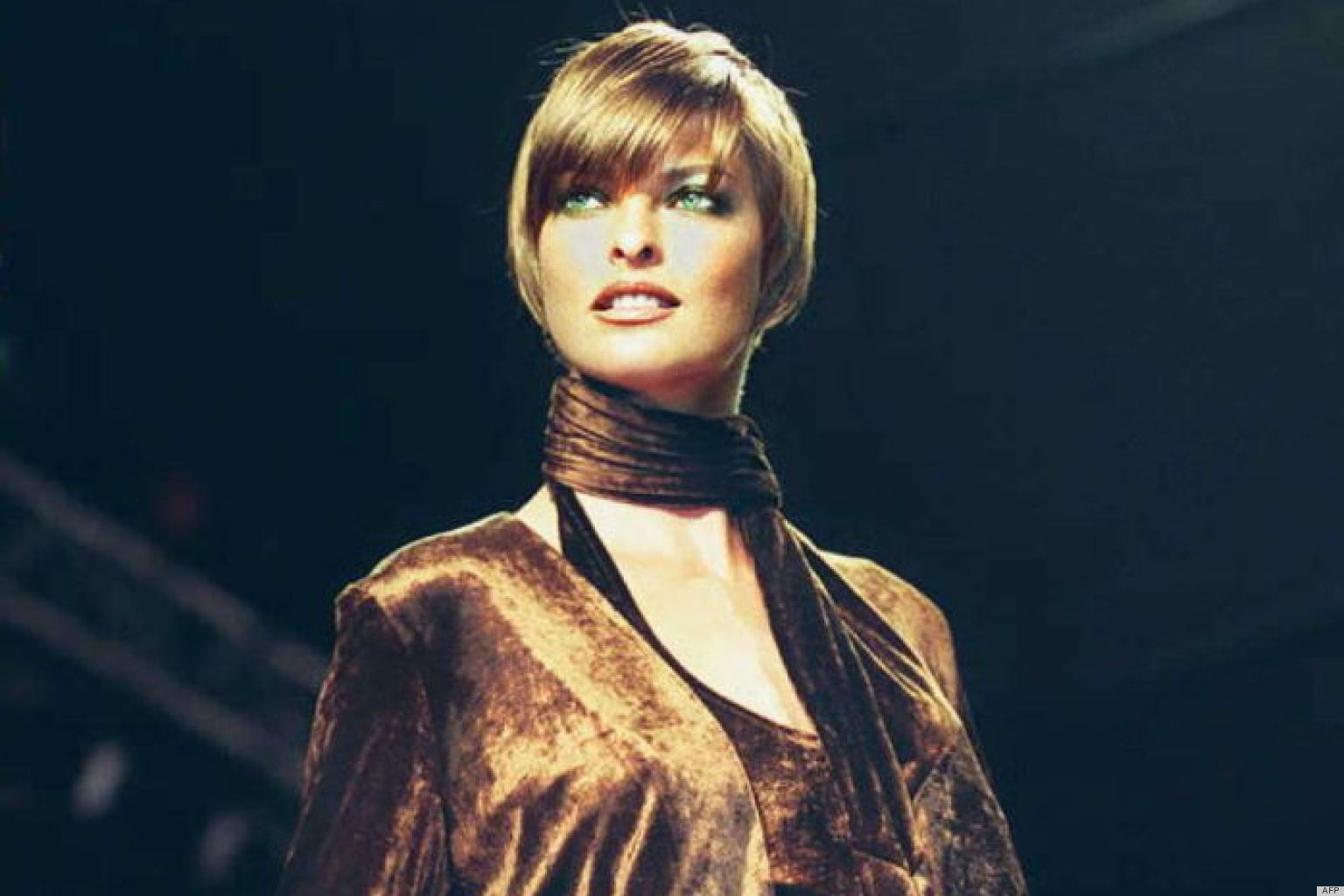Linda Evangelista Style Evolution: The Most Stunning Woman To Walk The ...