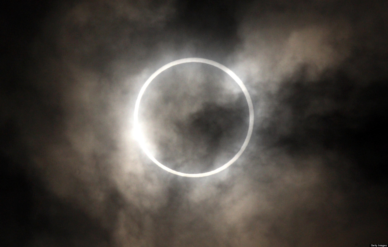 solar eclipse 2013 live coverage of celestial 39 ring of. Black Bedroom Furniture Sets. Home Design Ideas