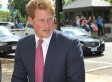Prince Harry's Capitol Hill Visit Brings Out The Ladies (PHOTOS, VINE)