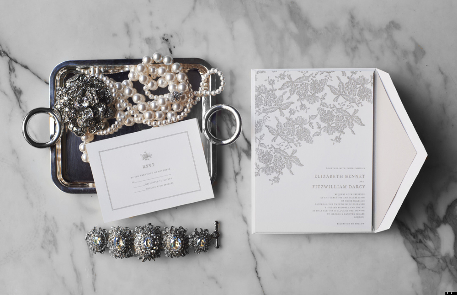 PHOTOS: Oscar de la Renta Debuts Must-Have Stationery Collection