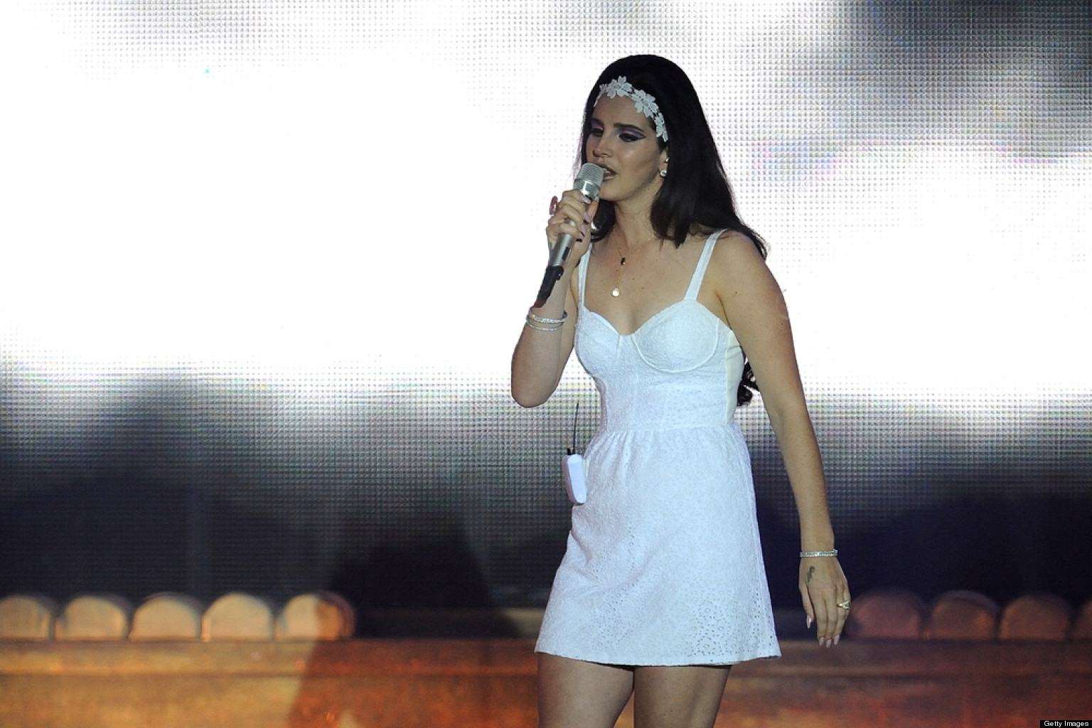 Lana Del Rey's 'Young And Beautiful' Video: Singer ...