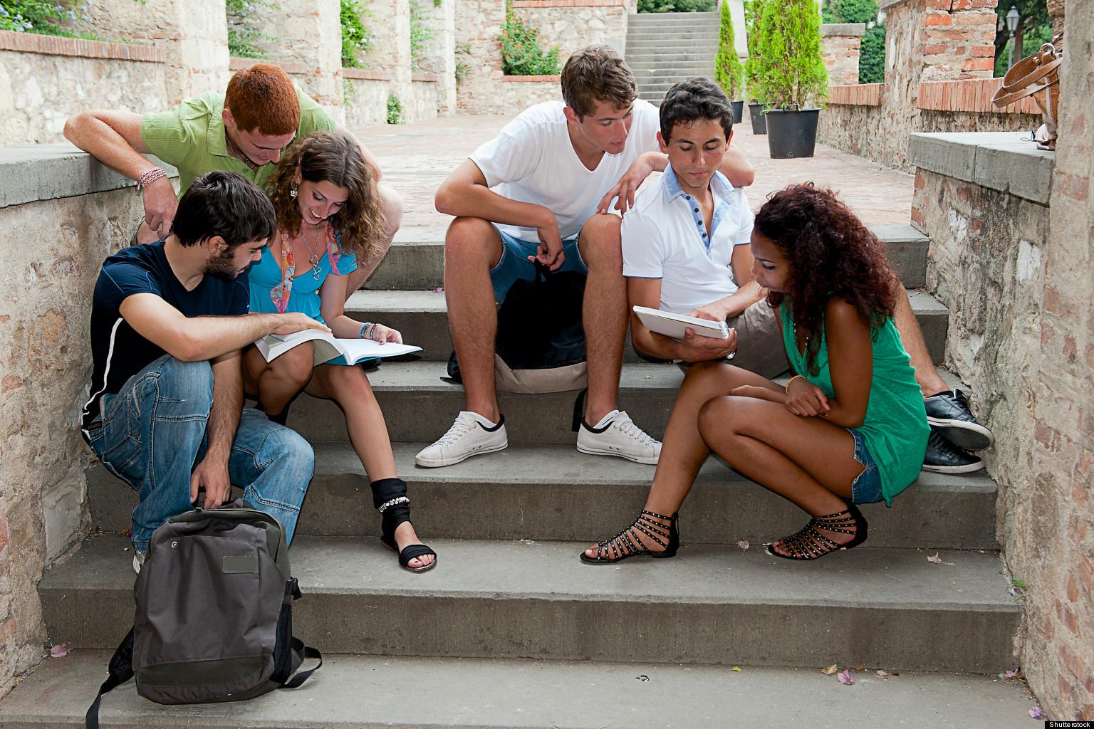 Студенточки в колледже 6 фотография