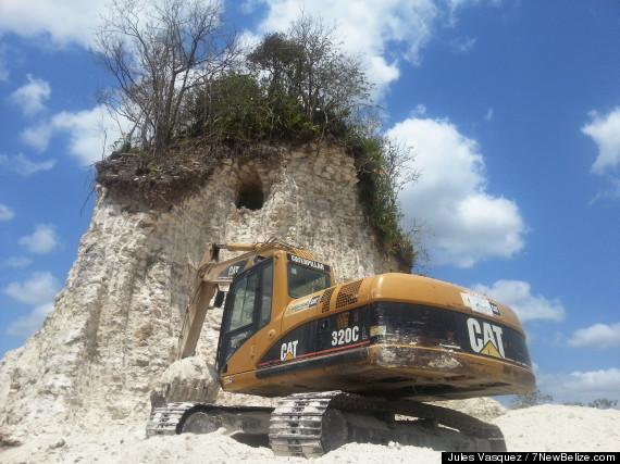 mayan pyramid destroyed