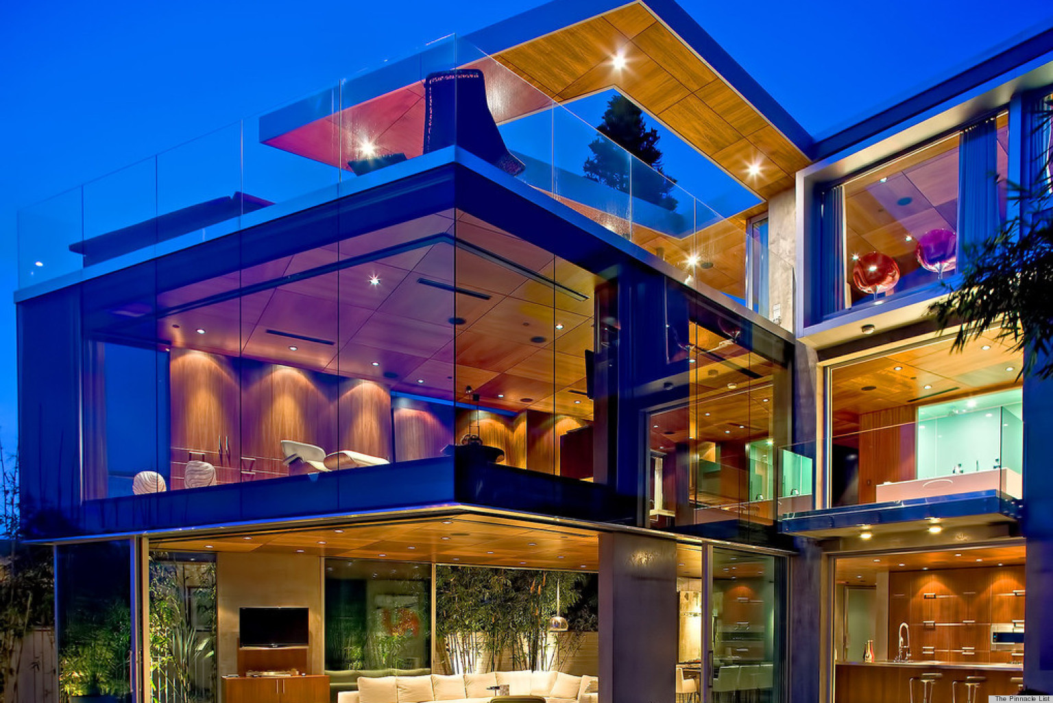 lemperle glass house residence is seriously a home lovers dream photos huffpost
