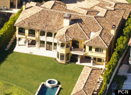 PICS: 37 Amazing Celeb Homes That Will Make You Want To Be Rich And Famous
