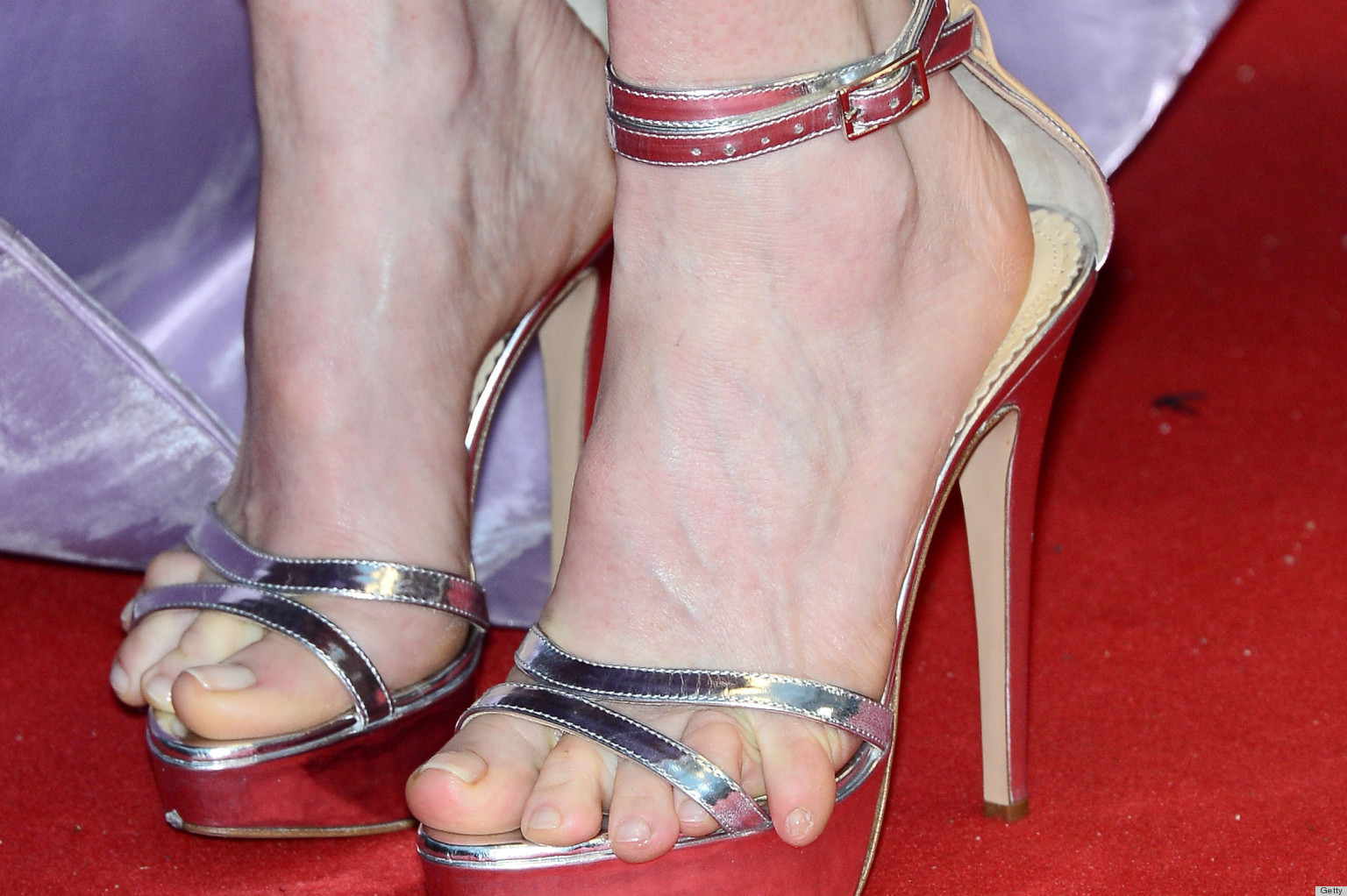 Julianne Moore S Shoes Look Incredibly Painful Photos Poll