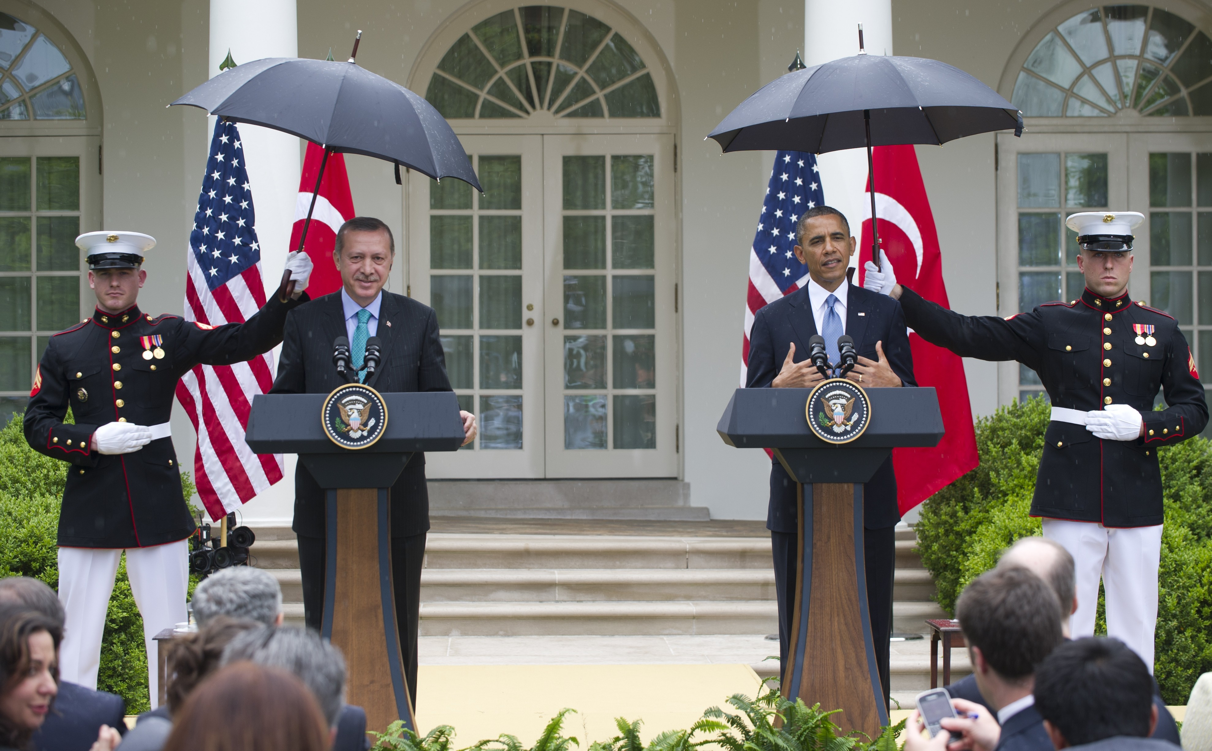 obama marines umbrellas