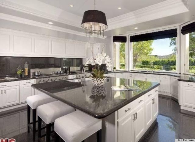 Large Kitchen Designs Photo Gallery