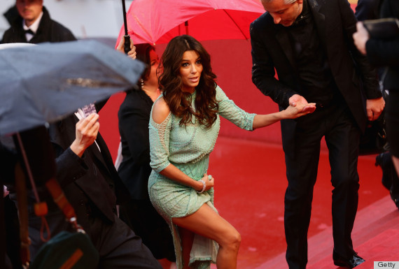 Eva longoria wardrobe malfunction exposes actress 39 lower - Dive senza slip ...