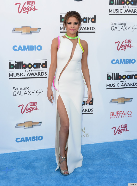 Selena Gomez Billboard Awards Dress Looks Like A 'Spring ...