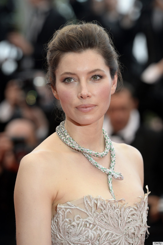 jessica biel serpent necklace