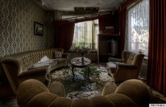 Top Inside Abandoned Celebrity Mansions Wallpapers