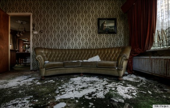 Abandoned Mansions in California http://www.huffingtonpost.com/2013/05/20/abandoned-mansion-photos_n_3306833.html