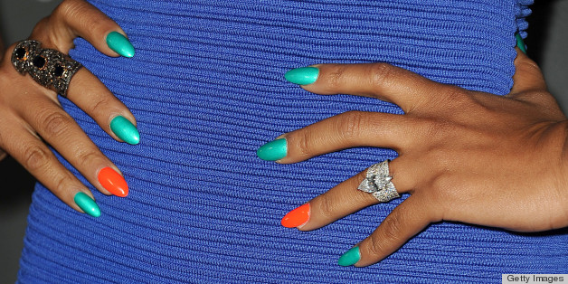 The Best Nail Polish Colors For Tanned Skin Photos