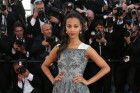 Zoe Saldana Is Gorgeous In Grey At...