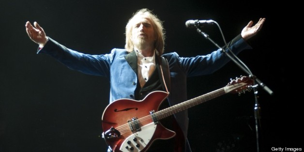 review tom petty and the heartbreakers at nyc 39 s beacon theatre huffpost. Black Bedroom Furniture Sets. Home Design Ideas