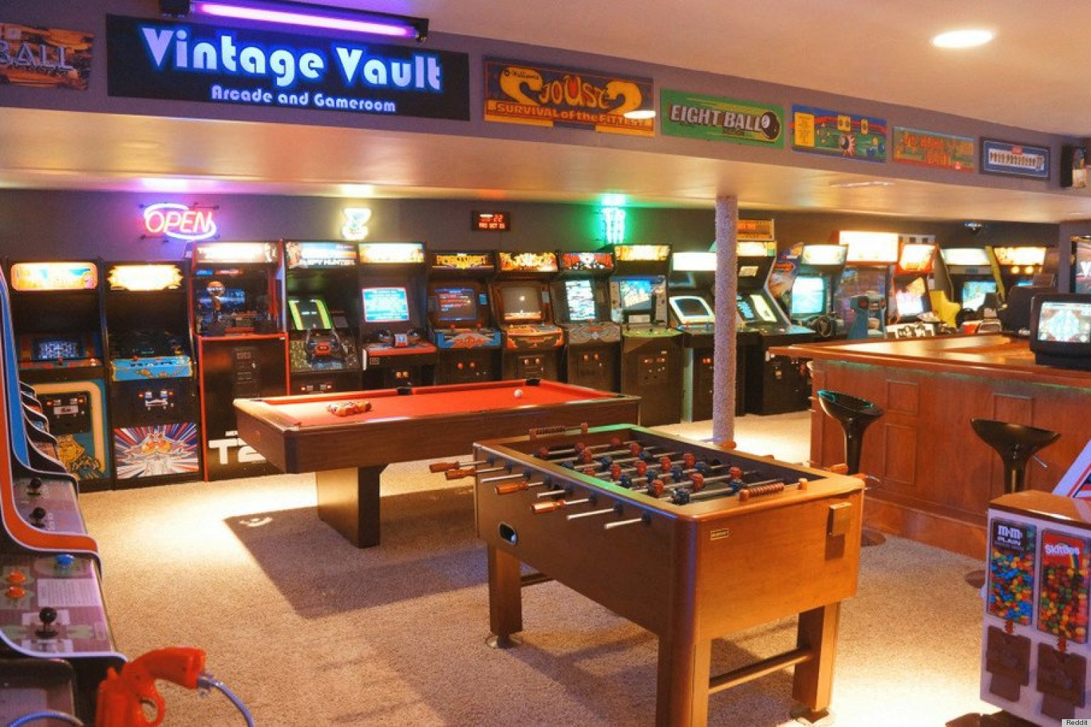 An Impressive Home Arcade Is A Retro Gamer 39 S Paradise Photos