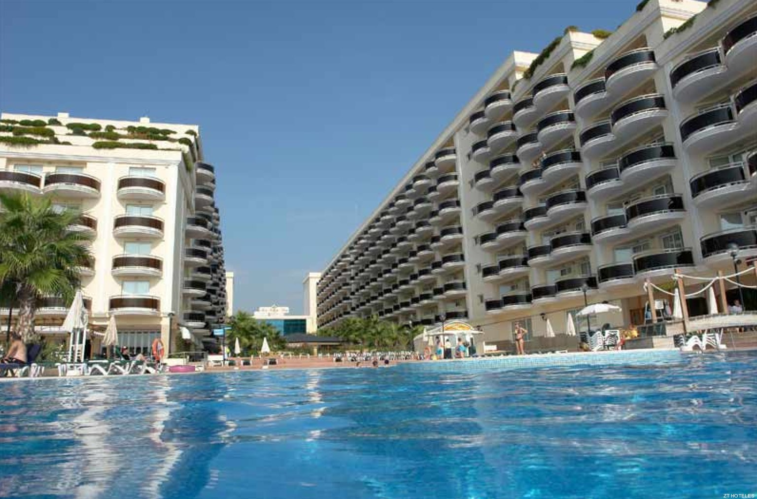 Denuncian que un hotel de Peníscola negó la estancia a un grupo de discapacitados