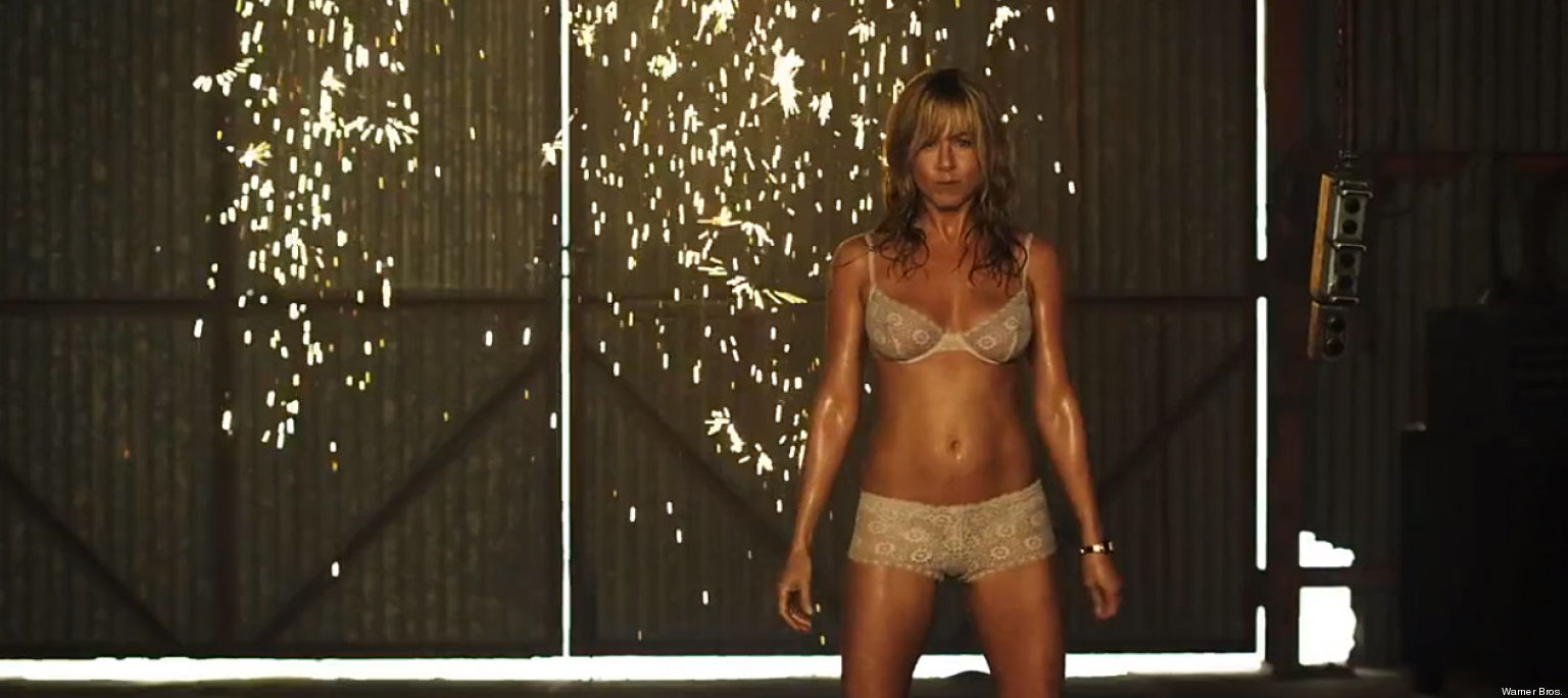 JENIFER ANISTON ENCUERA